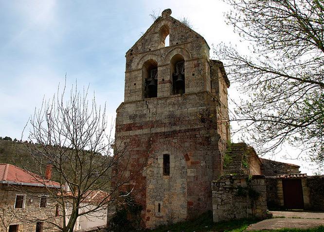 Iglesia de San Pedro  - Becerril del Carpio - Fotografía cedida por: Jesús A. Sanz. Slide realizado por www.disenafacyl.es