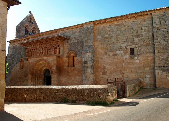 Parroquia de San Juan Bautista MOARVES DE OJEDA  - Fotografía cedida por: Jesús A. Sanz. Slide realizado por www.disenafacyl.es