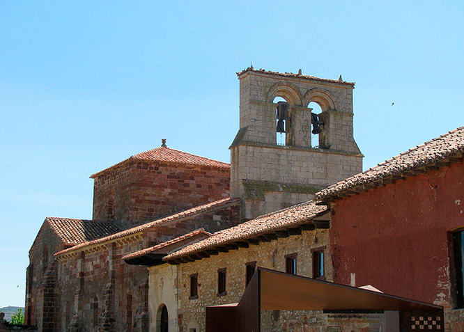 Santa María de Mave - Iglesia de Santa María - Fotografía cedida por: Paula Guillot Slide realizado por www.disenafacyl.es