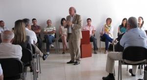 El presidente de la 'Fundación Santa María la Real', José María Pérez, 'Peridis', encargado de explicar el proyecto. FSMLR